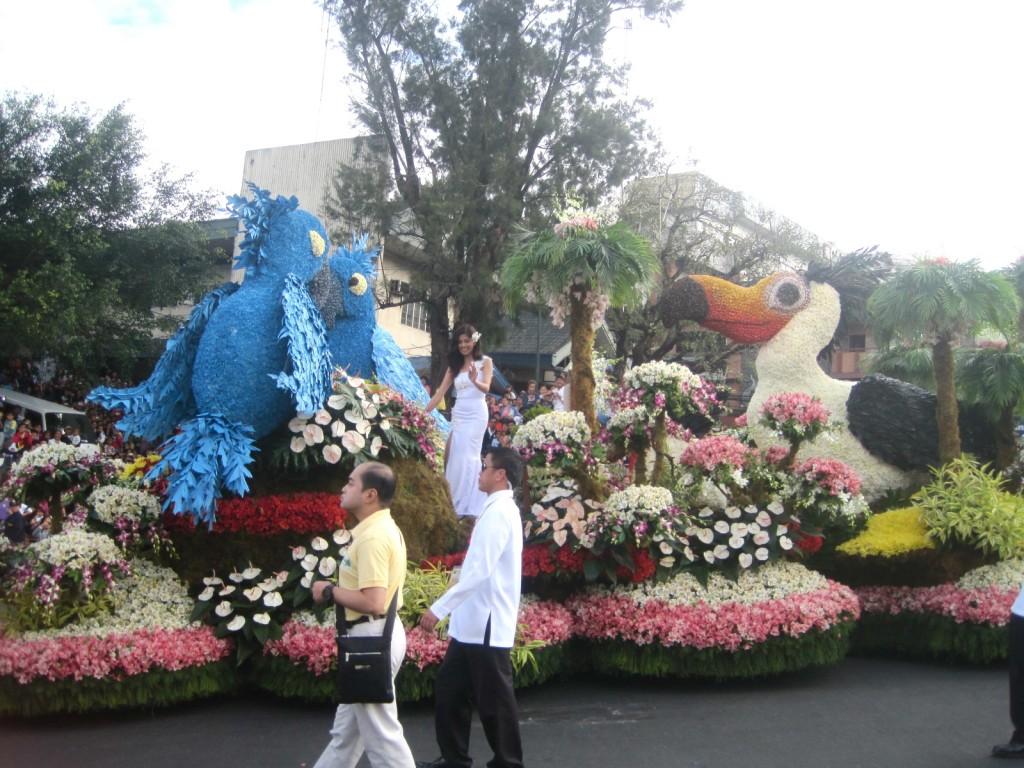 panagbenga floral parade baguio